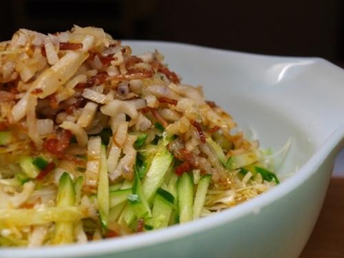 Easy and Delicious Crispy & Crunchy Salad