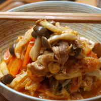 Stir-fried Pork and Kimchi with Yogurt