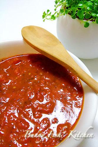Bunny's Husband's Elegant Tomato Sauce