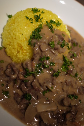 Easy and Authentic Beef Stroganoff