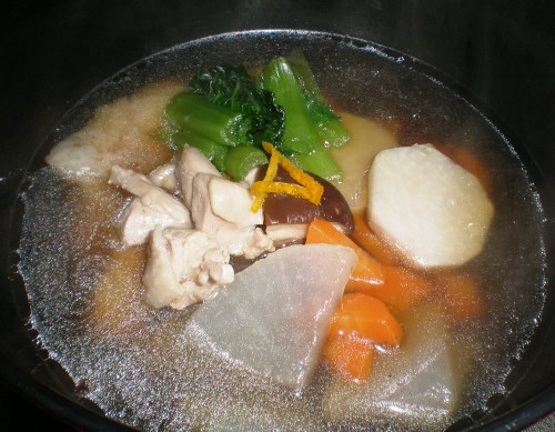 Simple Chicken Ozoni (Mochi Soup) (Kanto Style)