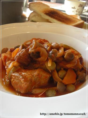 Pork Belly Simmered in Tomato Sauce