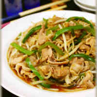 Frugal Cooking! Ginger Pork Stir-Fry with Plenty of Bean Sprouts