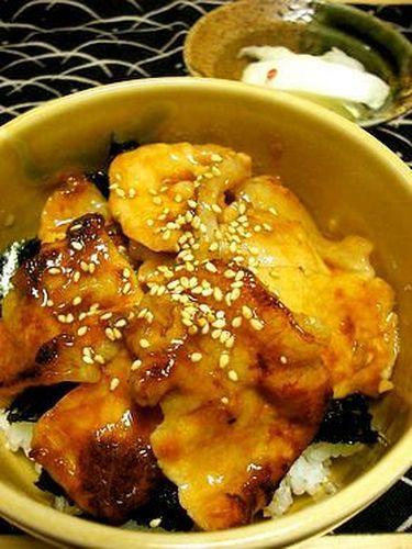 Slightly Sweetened Glazed Pork Rice Bowl