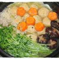 Hot Pot with Delicious Chicken Meatballs
