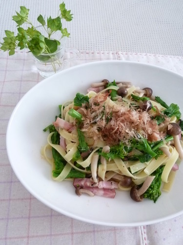Japanese-style Pasta with Broccolini and Bacon