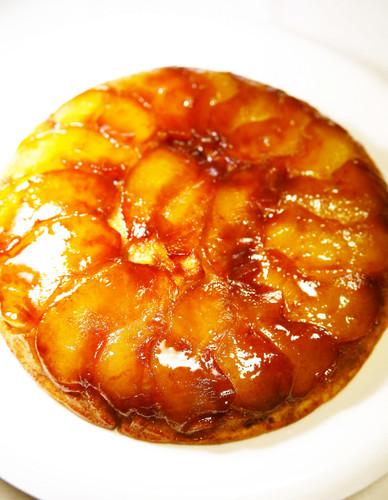 Pancake Mix Cinnamon Apple Cake in a Frying Pan