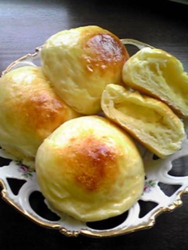 Milk-flavored Cream Bread