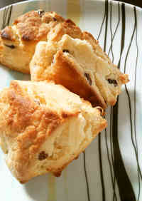 15 Minute Scones Made with Pancake Mix