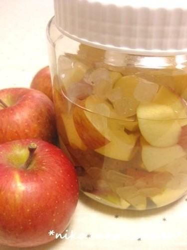 My Family's Healthy Apple Vinegar Drink