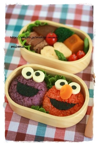 Elmo and Cookie Monster Charaben