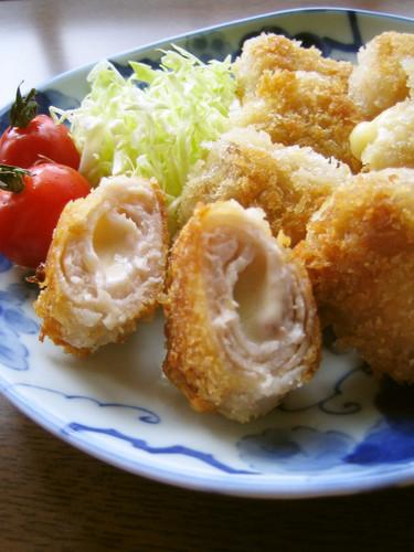 Easy to Make for Bentos! Bite-size Layered Tonkatsu