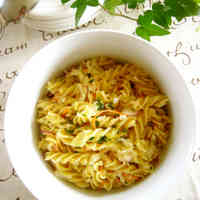 Macaroni Salad with Julienned Cabbage