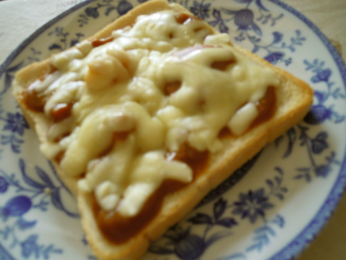 Last Night's Curry is This Morning's Cheese Toast