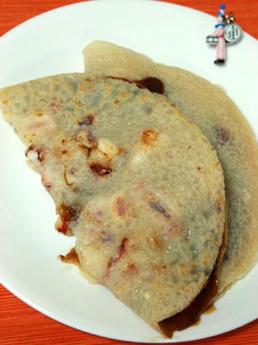 An Osaka Specialty: Ika-yaki (Squid Pancakes)