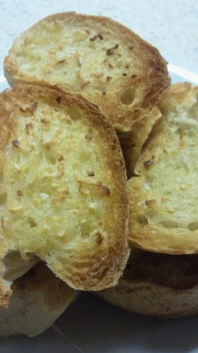 Easy Garlic Toast for Garlic Lovers