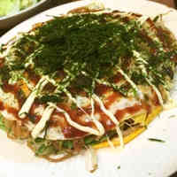Hiroshima-style Okonomiyaki made with Two Pans