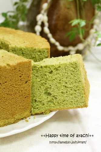 Oil-free Green Tea Chiffon Cake