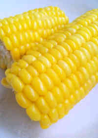 Naturally Sweet Steamed Fresh Corn in 5 Minutes