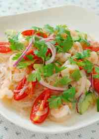 Yum Woon Sen Thai Glass Noodle Salad with Seafood