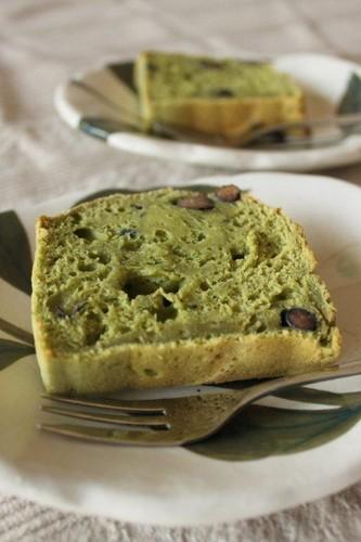 Nutritious Matcha and Sweet Black Bean Tofu Cake