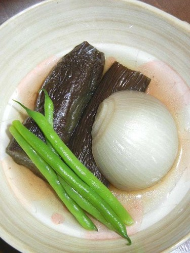 Stewed Eggplants and Onions
