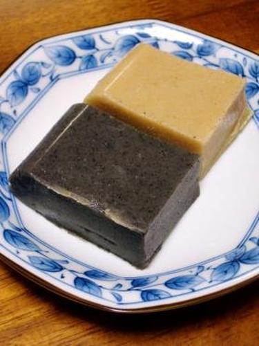 White Sesame, Black Sesame, and Golden Sesame Tofu