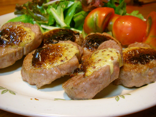 Mustard and Mayonnaise Pan-fried and Grilled Pork Filet