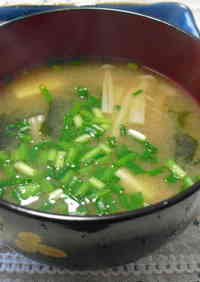 My Family's Staple Dish Enoki Mushroom Miso Soup