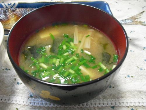 My Family's Staple Dish Enoki Mushroom Miso Soup