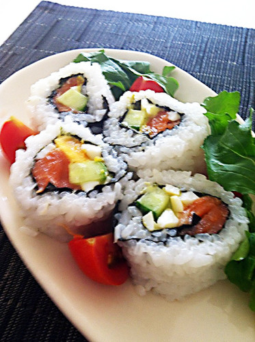 Basil-Flavored California Roll