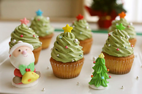 Easy! Christmas Tree Cupcakes