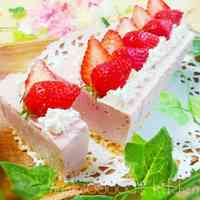 Simple! No-Bake Cheesecake With A Strawberry Spring Scenery