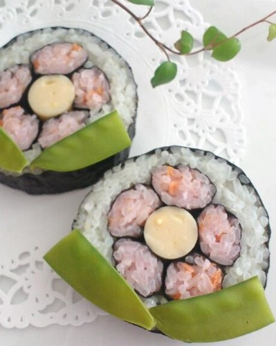 Flower-decorated Sushi For Hinamatsuri (Girls' Day)