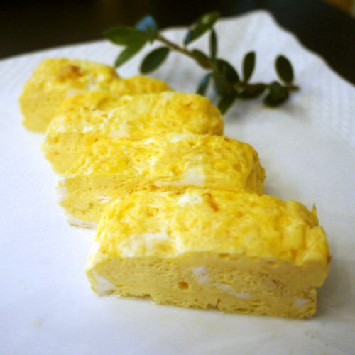 Japanese Style Omelet: Soft Dashimaki Tamago with a Hint of Sake