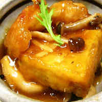 Simmered Atsuage (Thick Fried Tofu) and Chicken