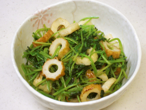 Pea Sprouts and Chikuwa Stir-fry