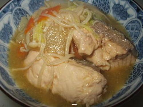 Ishikari Nabe - Salmon and Vegetable Specialty Hot Pot from Hokkaido Region