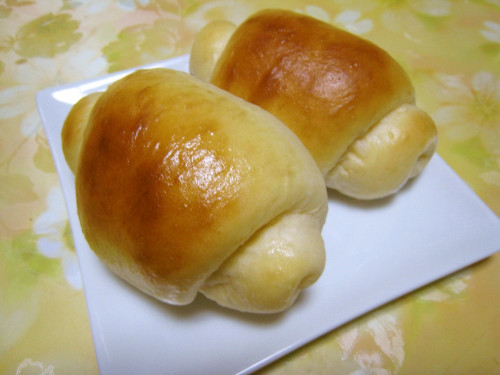 Plump and Soft Butter Rolls (Using a Bread Maker)