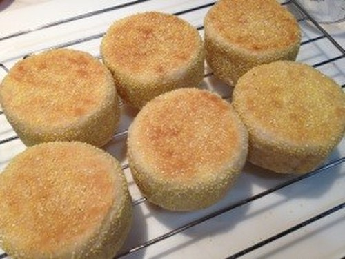 English Muffins Using Handmade Circular Molds