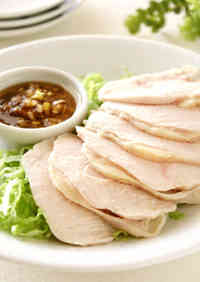 Healthy Steamed Chicken with Fragrant Sauce in 3 Minutes