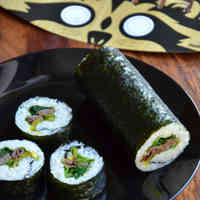 Popular with Boys! Futomaki Sushi Rolls with Yakiniku Beef - Good for Picnics