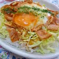 Easy Ketchup and Egg Rice Bowl
