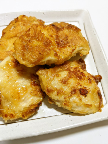 Mayo-Soy Sauce Pan-fried Chicken Breast