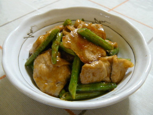 Simple Stir Fried Pork and Green Beans with Oyster Sauce and Mayonnaise
