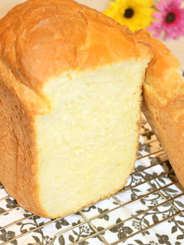 Soft Milky Bread with Cake Flour