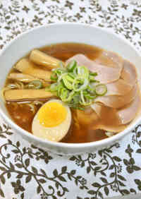 Soy Sauce Ramen Soup (Rearranged Simmered Pork Belly Cubes)