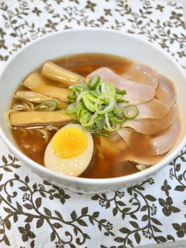 Soy Sauce Ramen Soup (Rearranged Simmered Pork Belly Cubes)