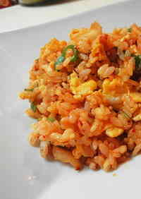 Simple & Tasty Kimchi Fried Rice