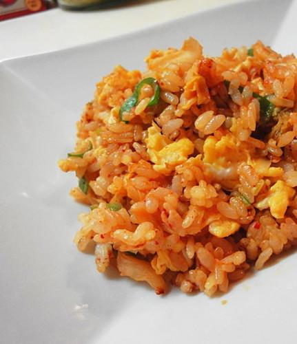 Simple & Tasty Kimchi Fried Rice